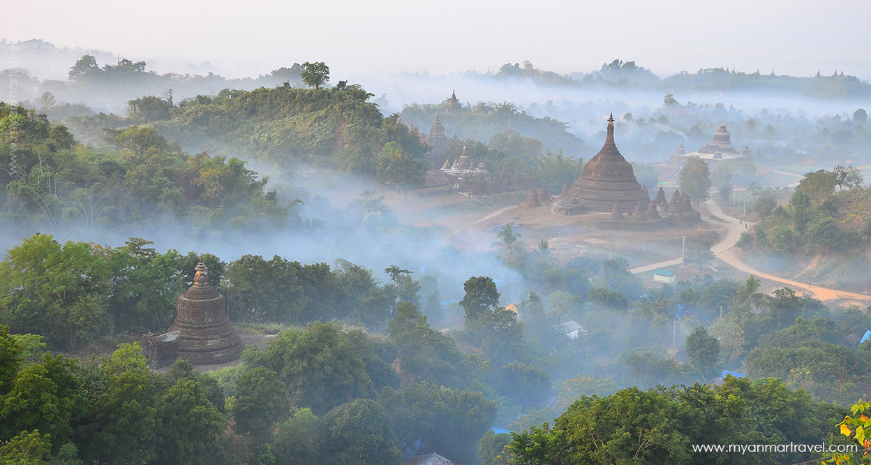 Mrauk U, the mystical town in fog