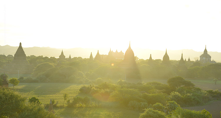 Myanmar-Unforgettable-Honeymoon-Tour-2