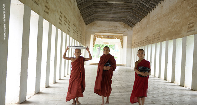 Barefoot in temples