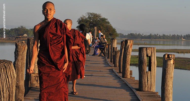 From-Bagan-Temples-To-Halong-Bay-12