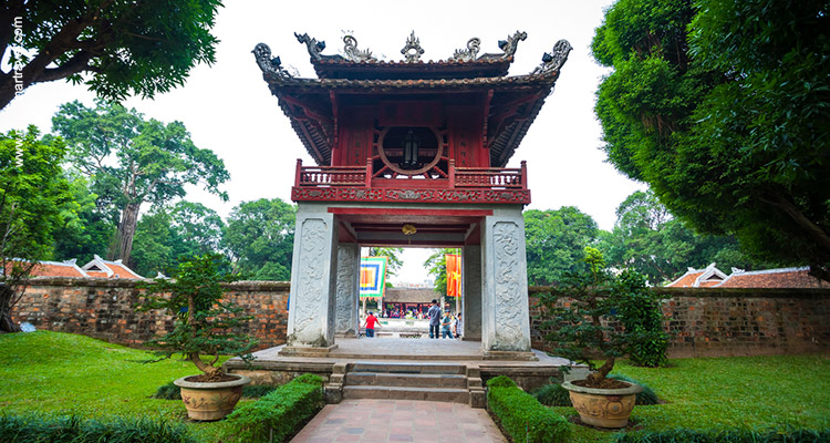 From-Bagan-Temples-To-Halong-Bay-8