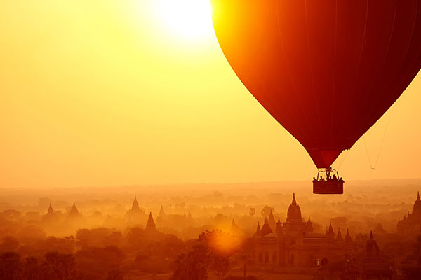 Hot air balloon Bagan with Myanmar Travel