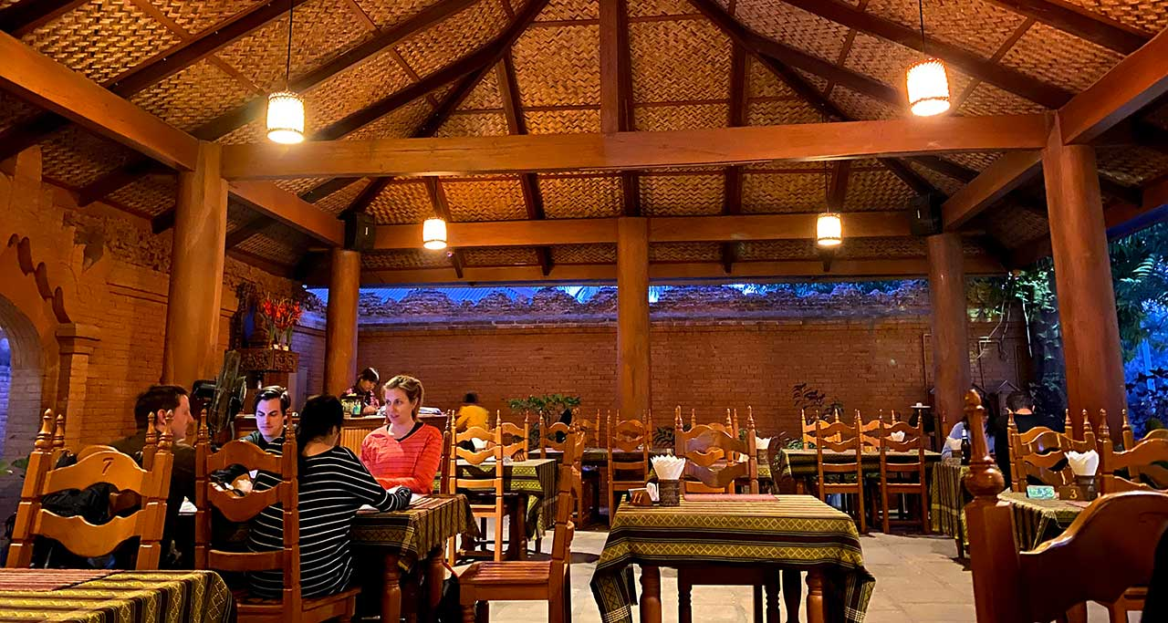 7 Sisters Restaurant in new bagan