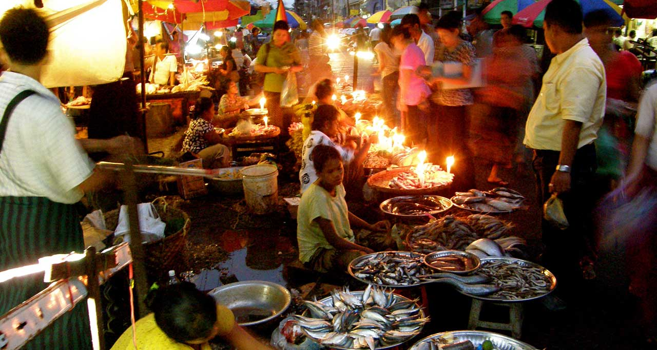 Anawrahta Road Night Market in yangon