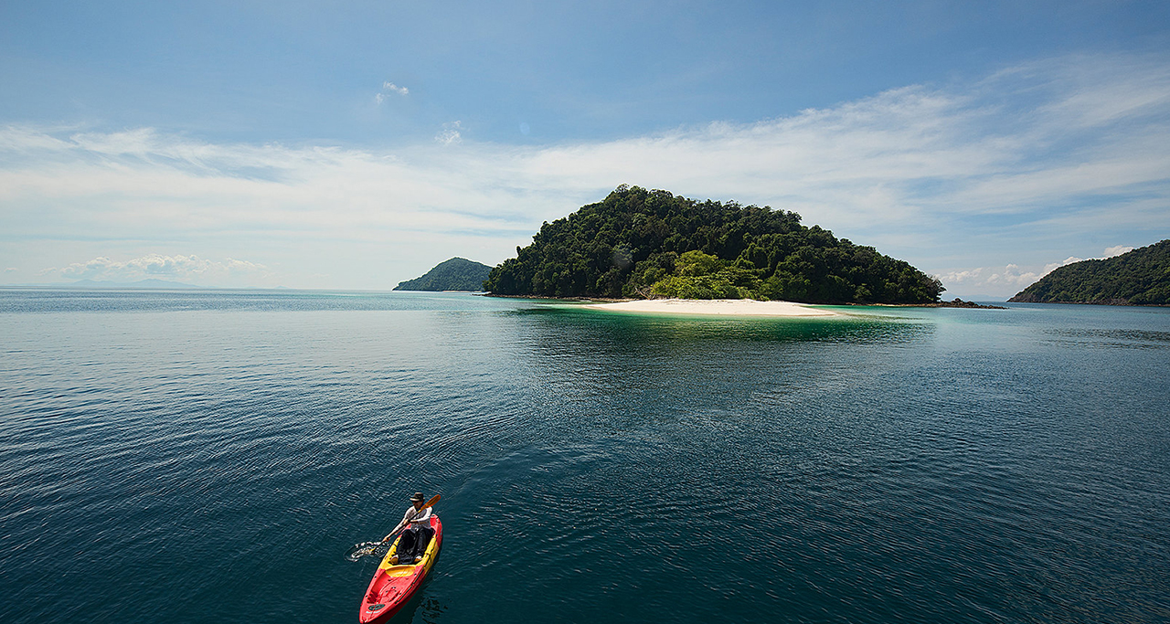 Mergui Archipelago - Untouched beach in Myanmar