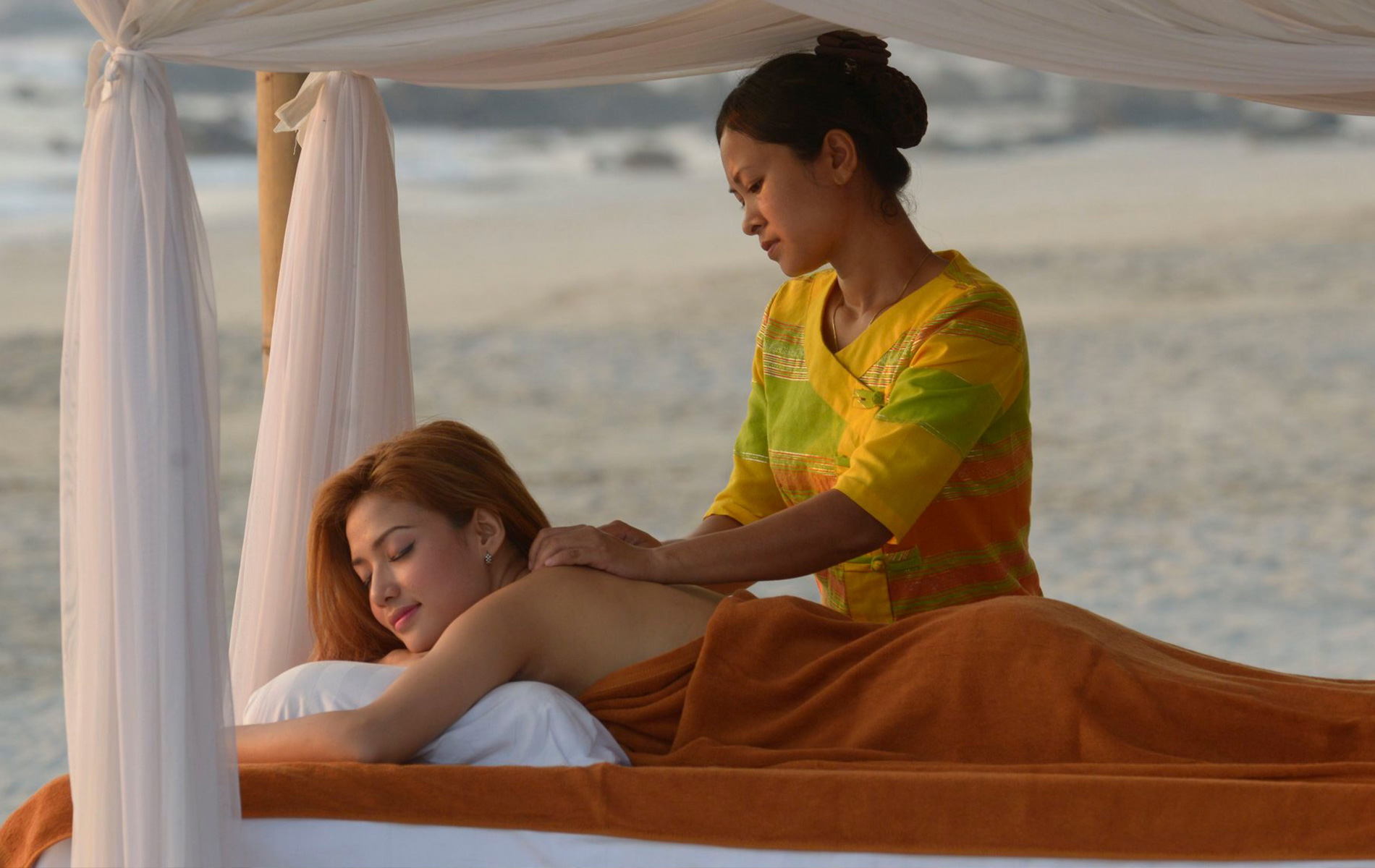 Massage in bagan
