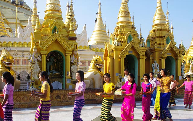 The ultimate guide to Customs and Etiquette in Myanmar